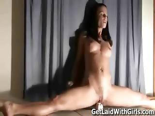 Gymnast teaches how to dance on