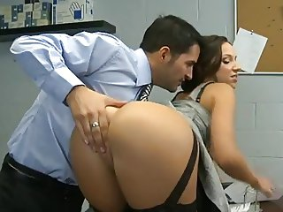 Lusty Secretary Has Her Pantie Pot Poked By Blondelover