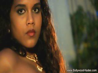 Dreamgirl Bollywood She Dances