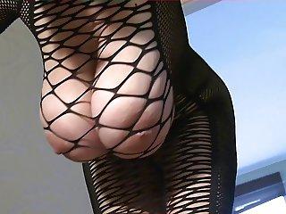 Boobs fidget in the Net