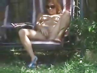 Spying my sister fingering pussy in court yard