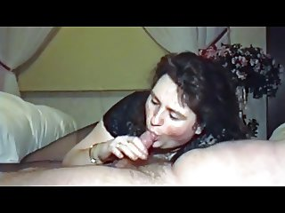BBWife Verena blowjob in pantyhose and body