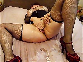 UK MILF Fishnet Squirting