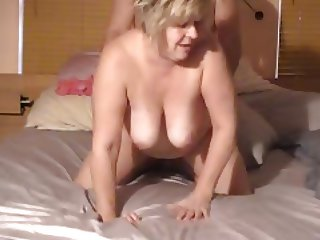 Nice moaning BBW wife enjoying a doggy fuck