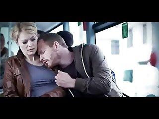 Martina Hill im Bus