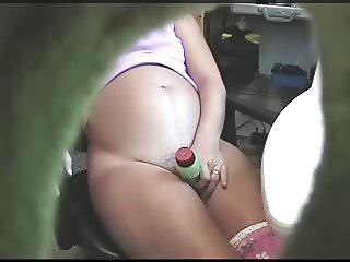Pregnant cums with dildo