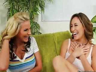 Phoenix Marie lets lesbian friend tongue fuck her
