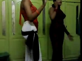 Sudanese Dance nice Body.avi