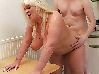 BBW housekeeper takes care of a boner
