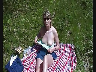 French amateur exhib in picnic and suck