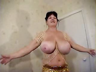 doreena belly dance big boobs