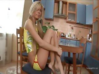 This chick prefers her dildo deep inside